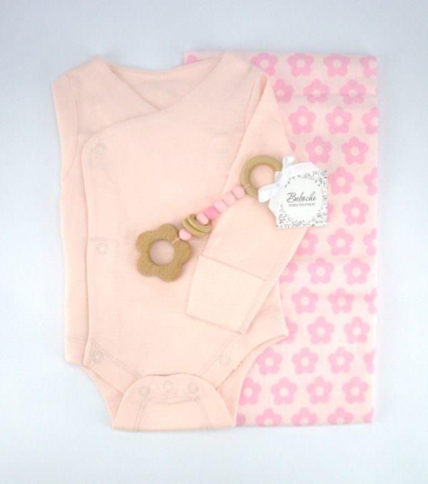 Podaruk za novorodeno bebe momiche