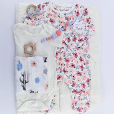 Подарък за погача на бебе момиче