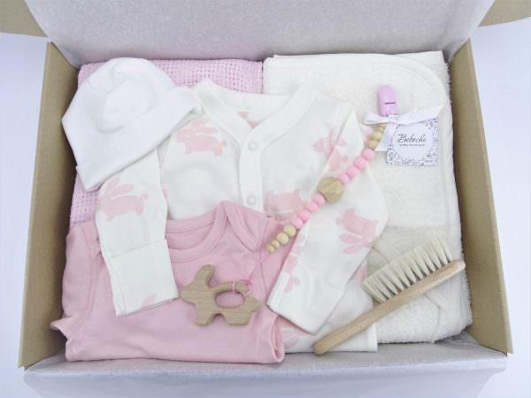 Подарък за бебешка погача на бебе момиче