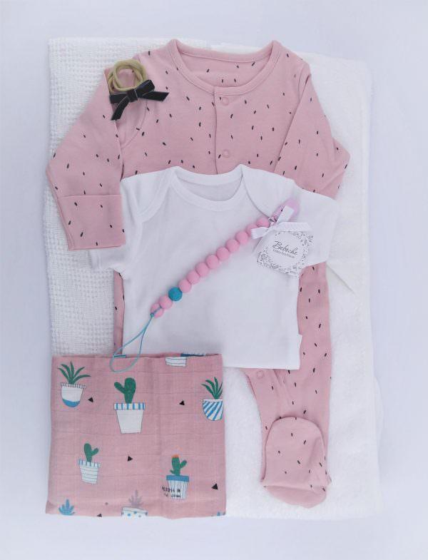 Бебешка кутия за погача на бебе момиче