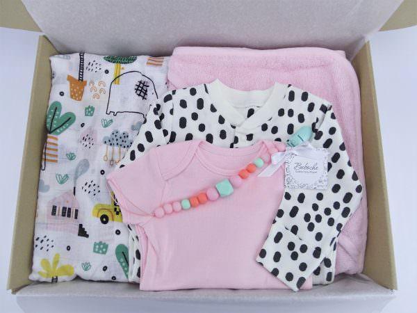 Подарък за 40 дни на новородено момиче