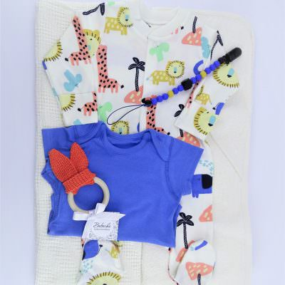 Комплект за бебе подарък за погача