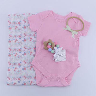 Кутия подарък за 40 дни на новородено момиче